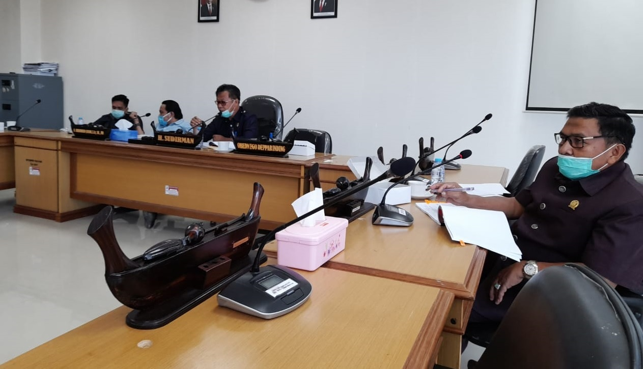 Komisi IV Gelar Rapat Konsultasi Banggar Dengan Dinas Pendidikan Sulbar