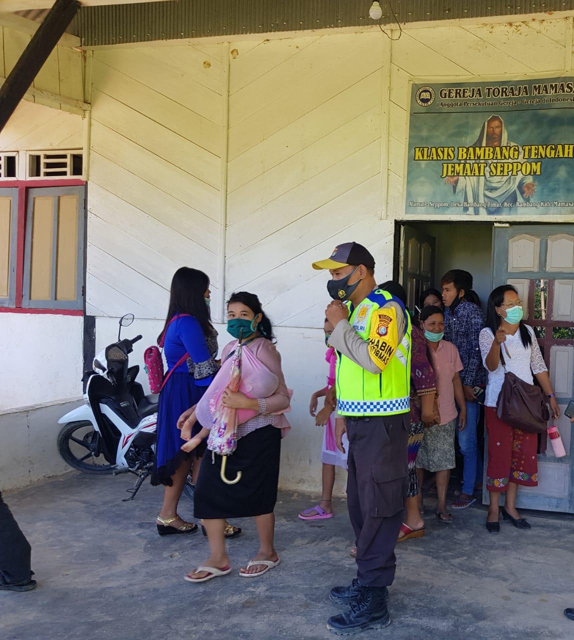 Pasca Bom Bunuh Diri di Makassar, Polres Mamasa Perketat Penjagaan di Gereja